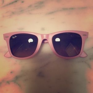 Ray Ban Classic Wayfarers in Rose w/ gradient lens